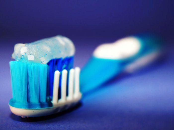 tips dalam merawat gigi palsu
